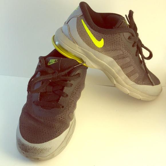 Nike Shoes Sz 10 Child Black Yellow Laces Sturdy Poshmark